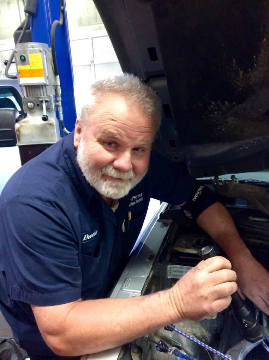 Dennis, Technician